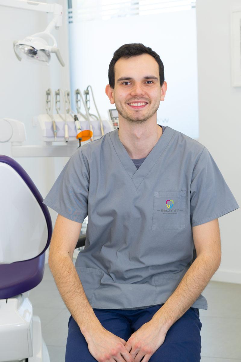lek. dent. Maciej Szydło dentysta Bydgoszcz Bełzy 27